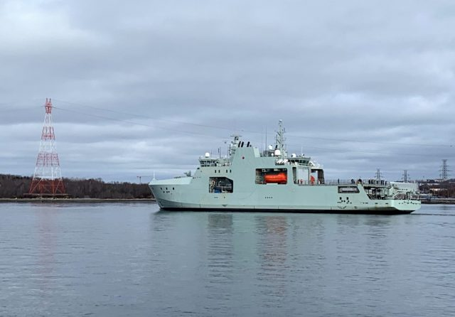 HMCS Harry DeWolf underway