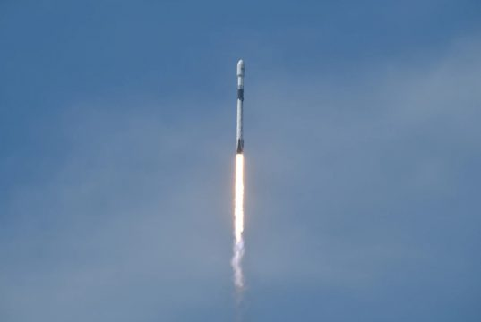 Falcon 9 GPS III rocket