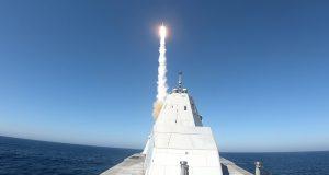 USS Zumwalt launching SM-2