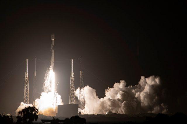 Falcon 9 with GPS III SV04