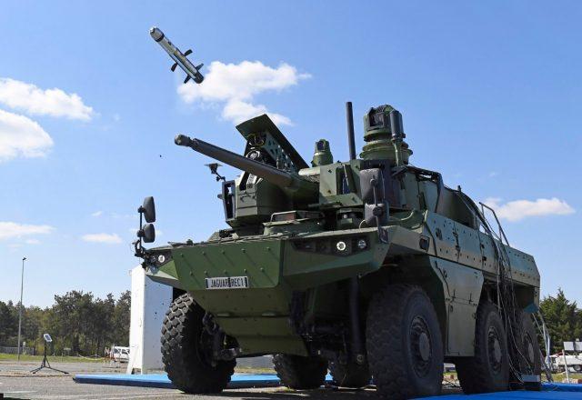 Jaguar firing an MMP missile from a Nexter turret