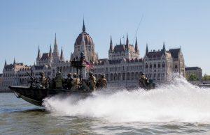 US Naval Special Warfare operators on the Danube