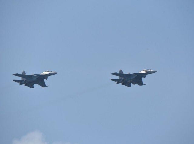 Russian Su-30SM fighter aircraft over Dutch frigate HNLMS Evertsen in the Black Sea
